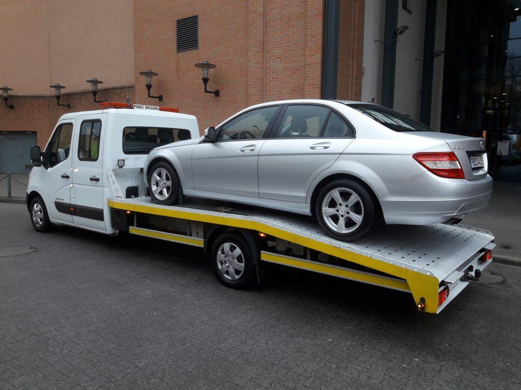 auto na lawecie w Hamburgu